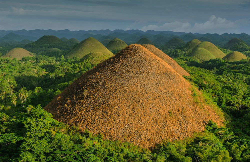 Beautiful places to travel- Chocolate Hills, Philippines